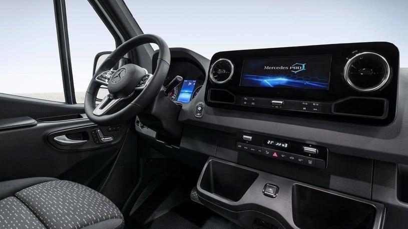 00071EG9TEG6J530 C122 F4 - Mercedes-Benz Sprinter 2018 - oficjalne zdjęcia