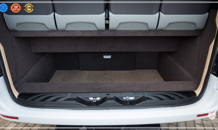 mercedes bus rear luggage space
